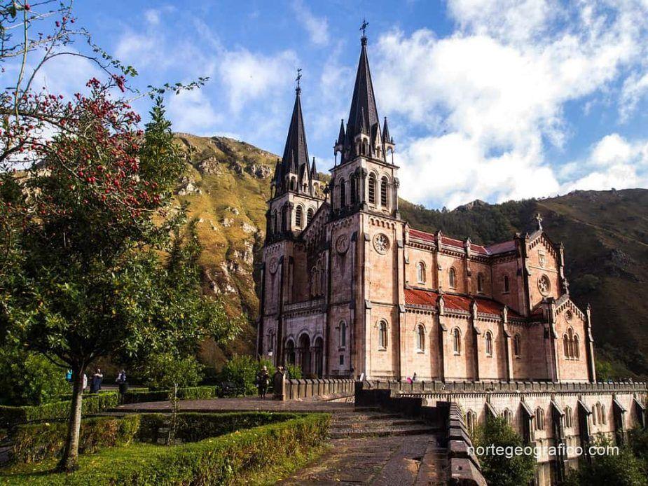 Escapada a Cangas de Onís. Primera parte, Covadonga.
